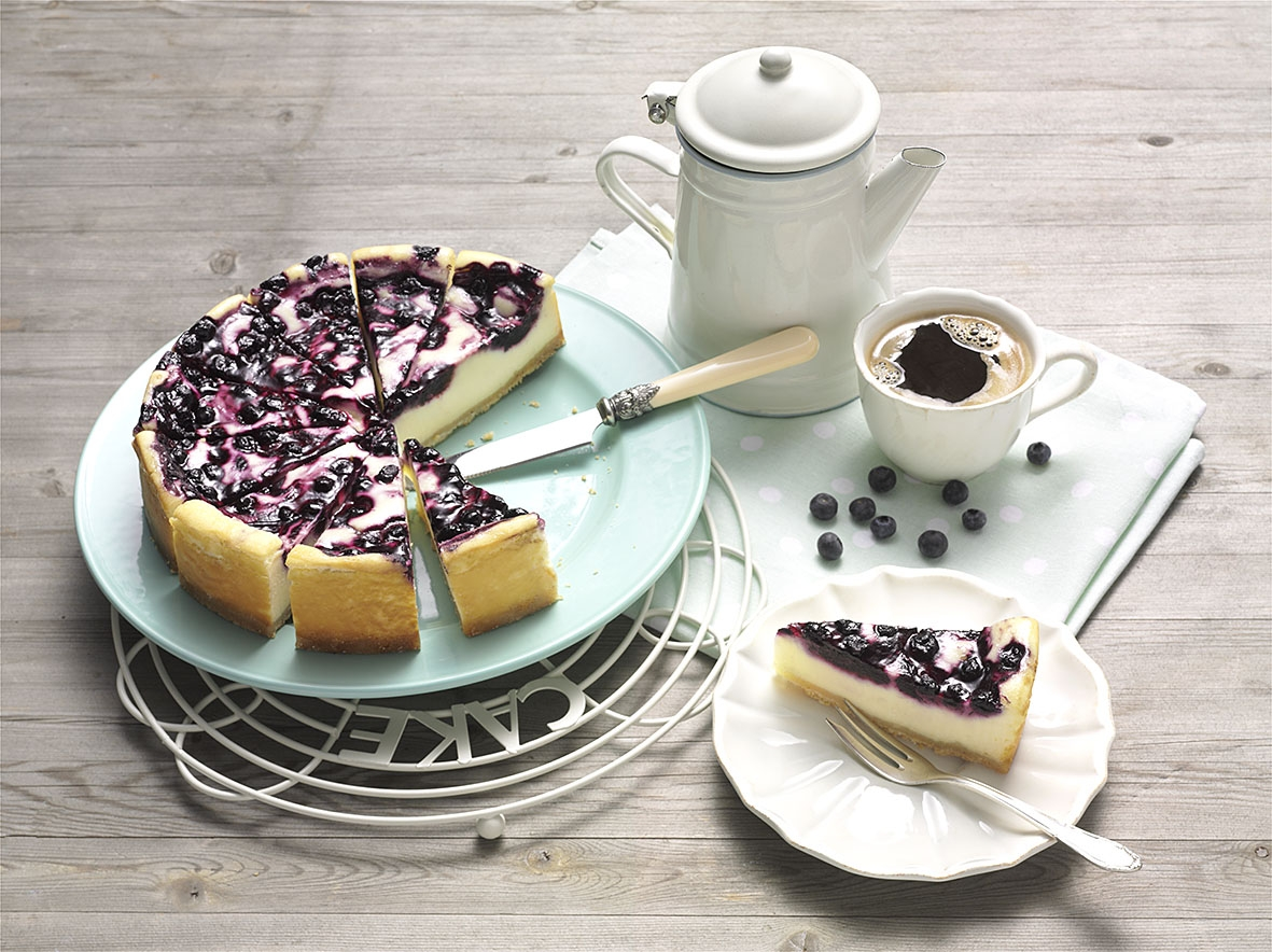 8108523_Blueberry_Cheesecake_Supreme_quer